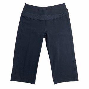 LULULEMON Athletica Black Groove Crop Pants Size 6